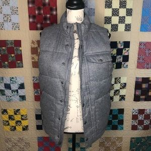 Old Navy Puffer Vest Size XL